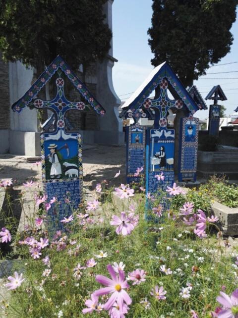Sapenta, le cimetière joyeux